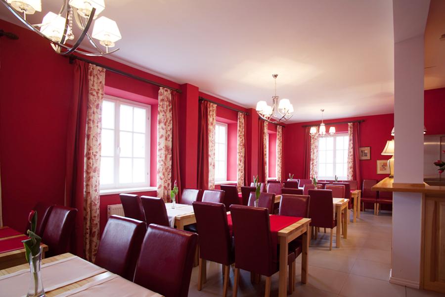 Wnętrze restauracji w Kuźni Pałacowej